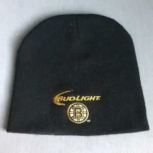 Accessories - Black bruins beanie